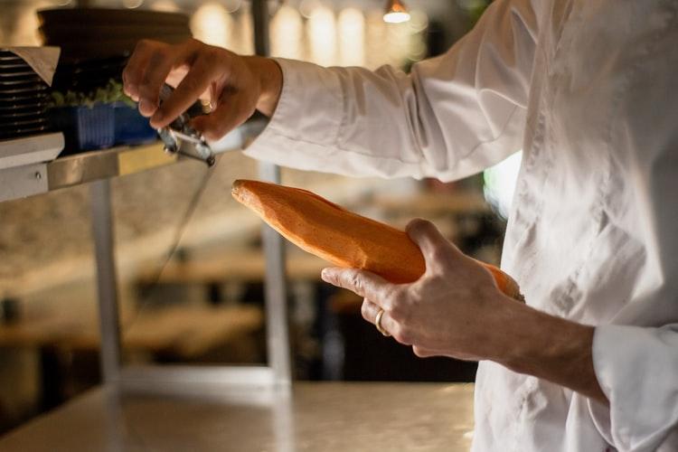 Todo restaurante precisa ter um nutricionista? Descubra nesse artigo
