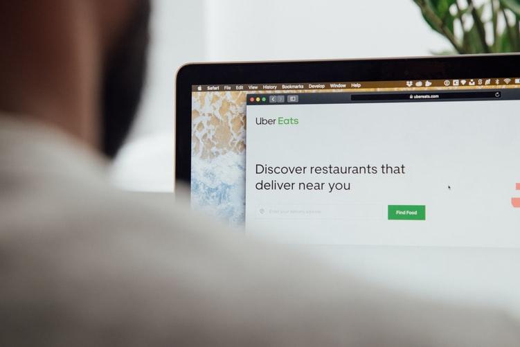 pedido-via-aplicativo-de-venda-delivery-para-restaurante