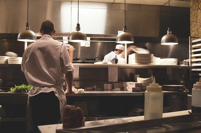 Aprenda como administrar a gestão e domine seu restaurante
