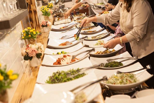 Como ganhar dinheiro com um restaurante self service