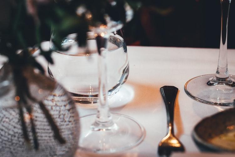agua-gratis-para-fidelizar-o-cliente-do-restaurante